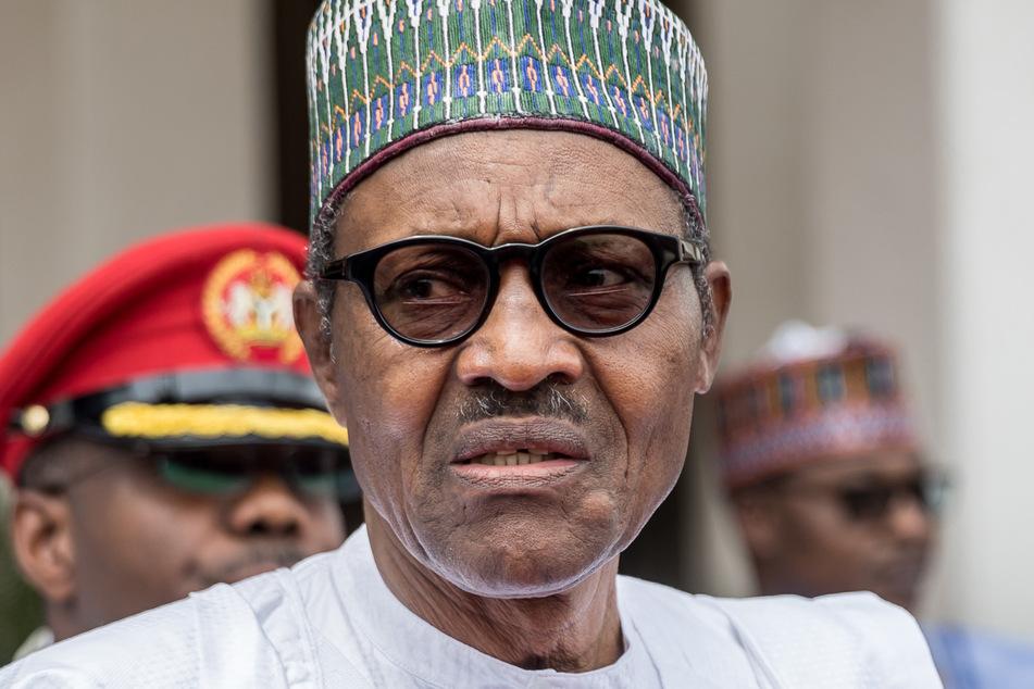 Nigerias Präsident Muhammadu Buhari ordnete die Entsendung von Militär- und Polizeieinheiten an.