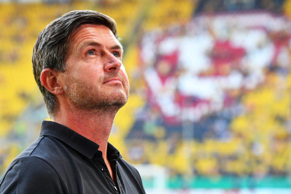 Sein Blick geht weiter nach oben: Sportdirektor Ralf Becker (50) hat auch nach dem Aufstieg mit Dynamo ehrgeizige Ziele.