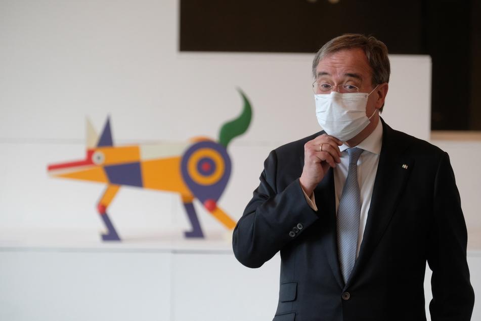 CDU-Chef Armin Laschet (60) zu Besuch im Bauhausmuseum in Dessau-Roßlau. Der Kanzlerkandidat hatte zwei Tage lang Sachsen-Anhalt besucht.