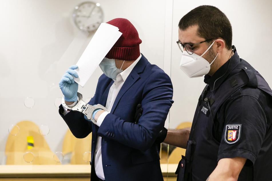 Schüsse in Wohngebiet: Mutmaßlicher Todesschütze vor Gericht!