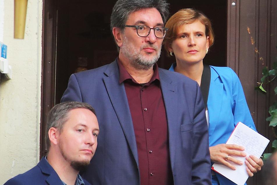 Enttäuschung bei den Linken (v.l.n.r.): Direktkandidat Silvio Lang (37), Landes-Chef Stefan Hartmann (53) und Katja Kipping (43).