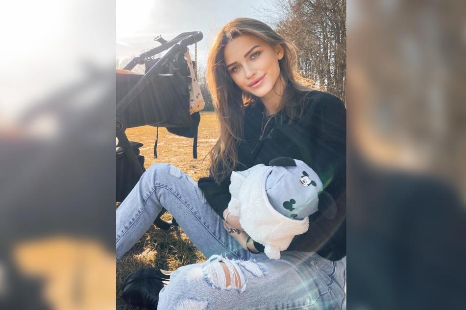 Ex-GNTM-Model Neele Bronst hat auf Instagram über das Stillen ihres Sohnes gesprochen.