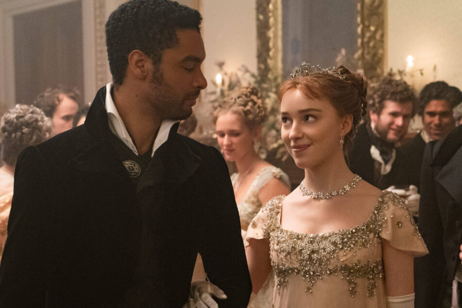 Page and Phoebe Dynevor star as Bridgerton's steamy on-screen couple.