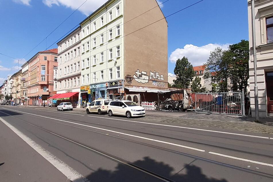 Der beliebte Imbisswagen auf der Eisenbahnstraße ist ausgebrannt.