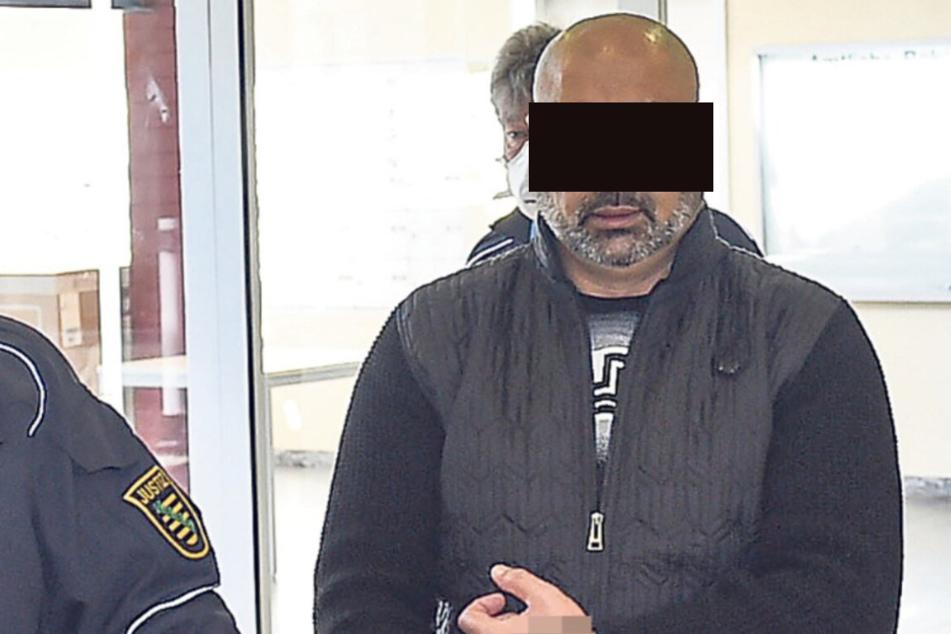 Nurbet M. (44) war neun Wochen nach seiner Abschiebung wieder im Lande.
