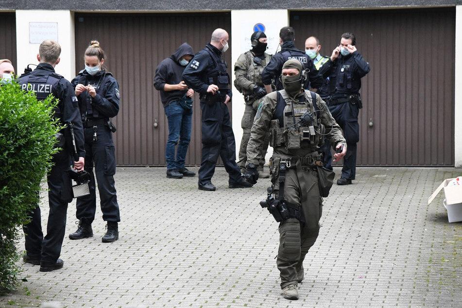 Spezialeinheiten und Polizisten waren im Einsatz.
