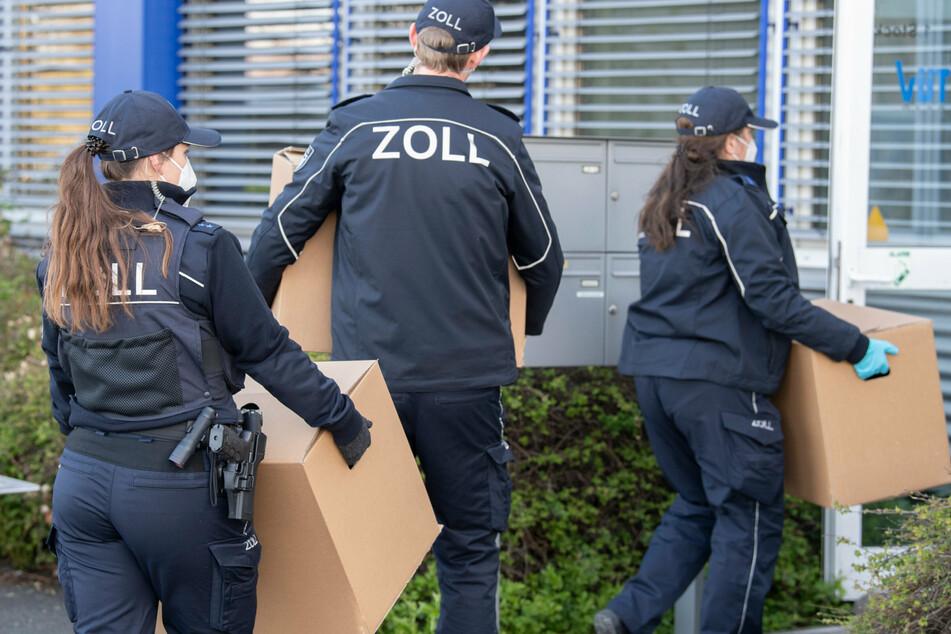 Berlin: Razzien gegen Schwarzarbeit: Polizei durchsucht Wohnungen in Berlin und Dresden