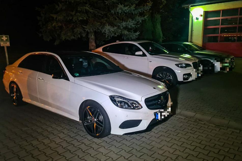 Drei der sieben beschlagnahmten Luxus-Limousinen.