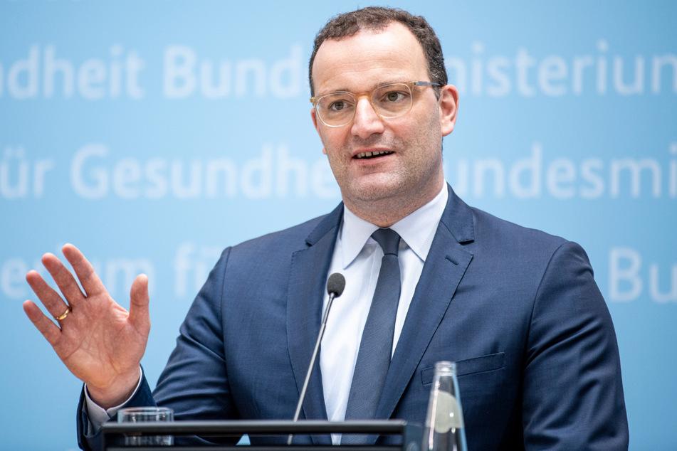 Jens Spahn (41, CDU) hat einmal mehr die Bedeutung einer Impfung gegen Corona deutlich hervorgehoben.