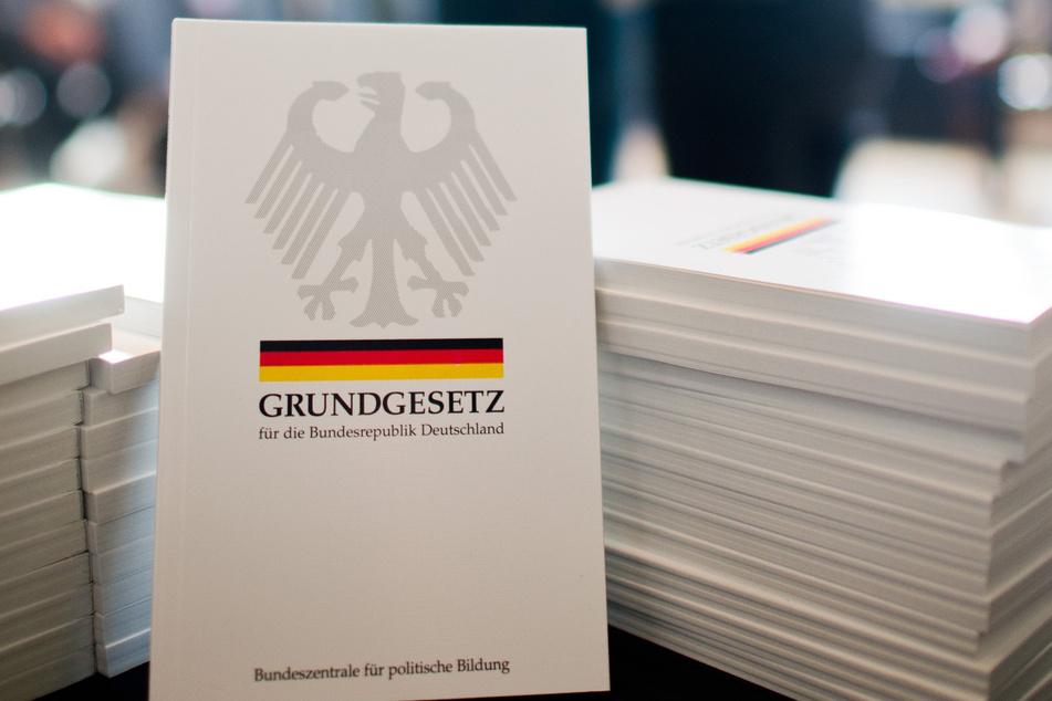 """Hamburg will """"Rasse""""-Begriff aus Grundgesetz streichen, so soll es künftig heißen"""