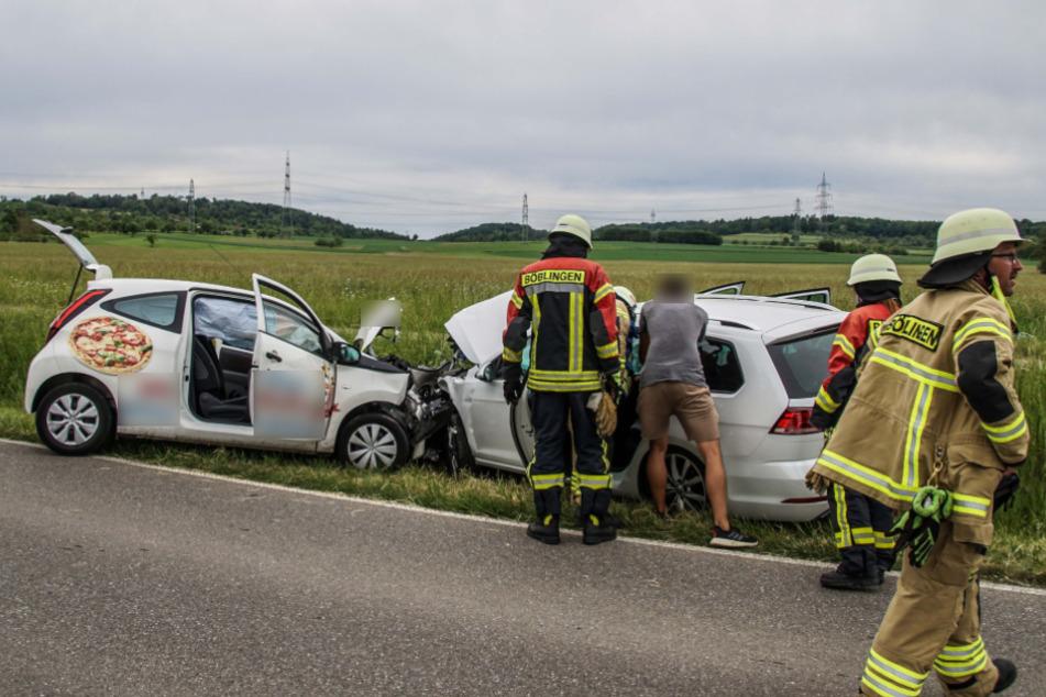 Toyota kracht frontal in VW: Vater und Sohn verletzt!