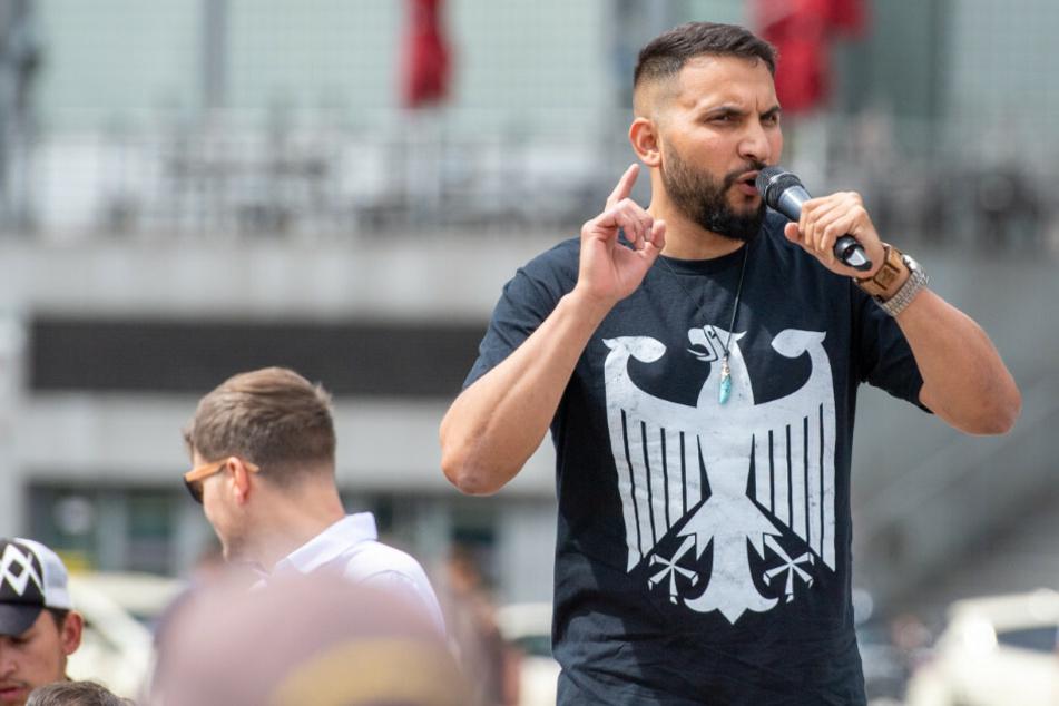 Attila Hildmann veröffentlicht Fake-Interview: Erklärung sorgt für Lacher im Netz