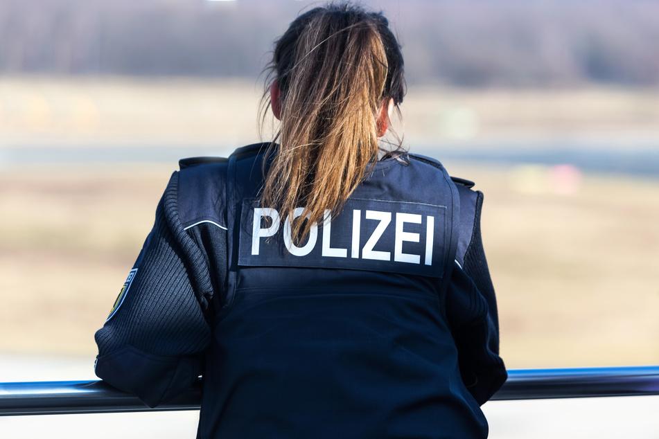 In Leipzig hat die Bundespolizei einen Mann festgenommen, nachdem dieser Beamte um Rat gefragt hatte. (Symbolbild)