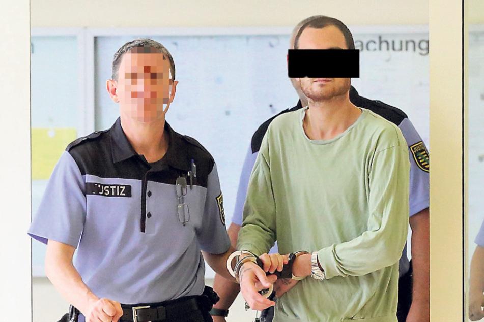 Schneller Prozess: Langfinger Daviti prahlt sich in den Knast