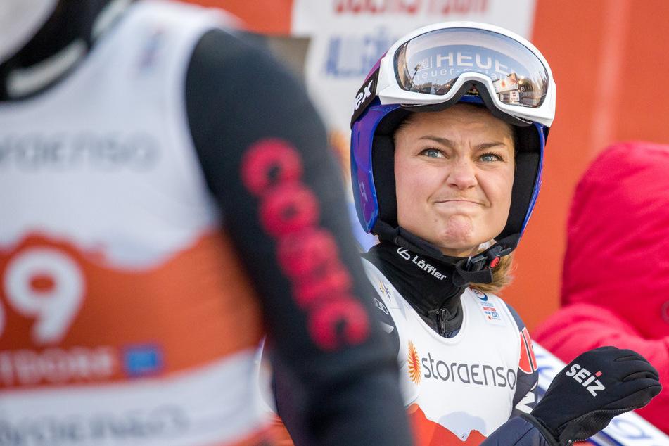 Erneute Knie-OP? WM für Skispringerin Vogt beendet
