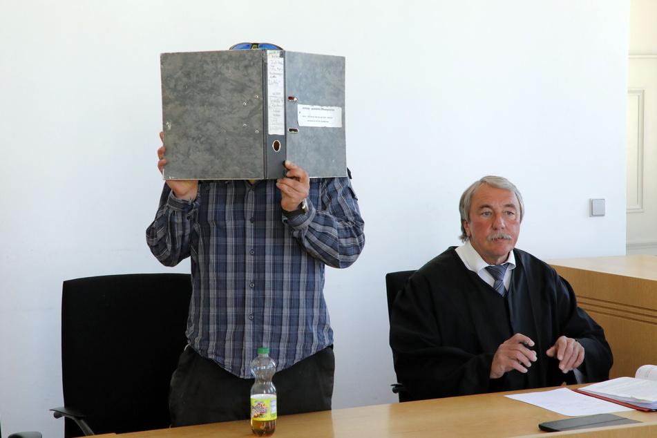 Chemnitz: Zenti-Rotzer steht erneut vor Gericht
