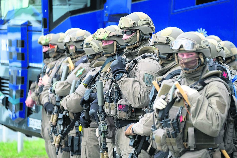 Innenminister Wöller räumt erstmals ein: Sachsens Polizei hat ein Rassismus-Problem