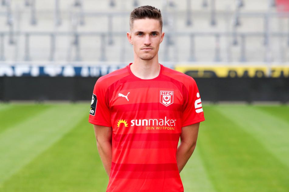 Innenverteidiger Sören Reddemann (25) verließ in München ebenfalls verletzt den Platz.