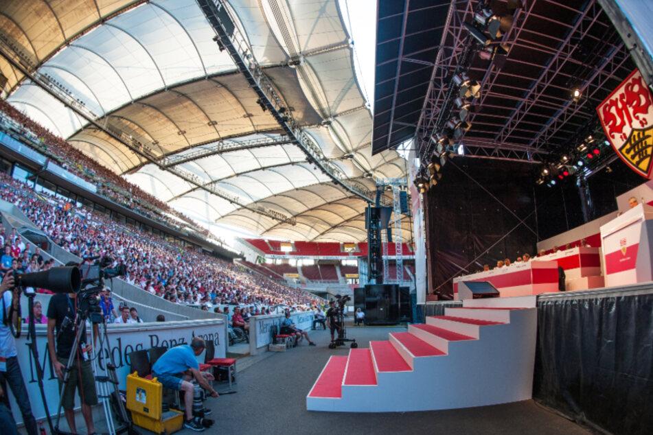 Stuttgart, 1. Juni 2017: Die außerordentliche Mitgliederversammlung des VfB in der Mercedes-Benz Arena.