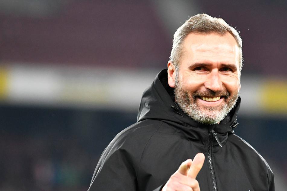 Das HSV-Trainerteam um Chefcoach Tim Walter (45) ist durch zwei neue Co-Trainer ergänzt worden. (Archivfoto)