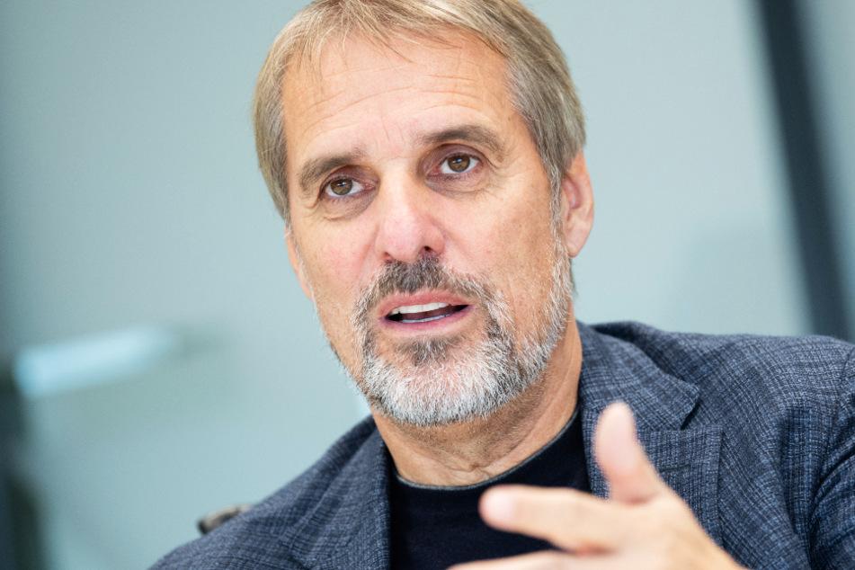 Daimler-Vorstand Wilfried Porth (62) sitzt im Aufsichtsrat des VfB Stuttgart.