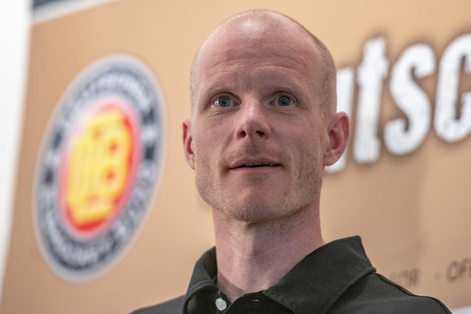 Der Finne Toni Söderholm ist der Bundestrainer der deutschen Eishockey-Nationalmannschaft.