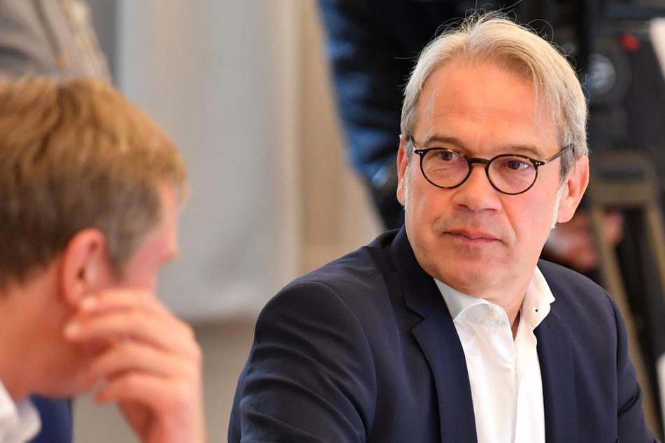 Thüringens Innenminister Georg Maier (54, SPD) beerbt Parteikollege Wolfgang Tiefensee (66).