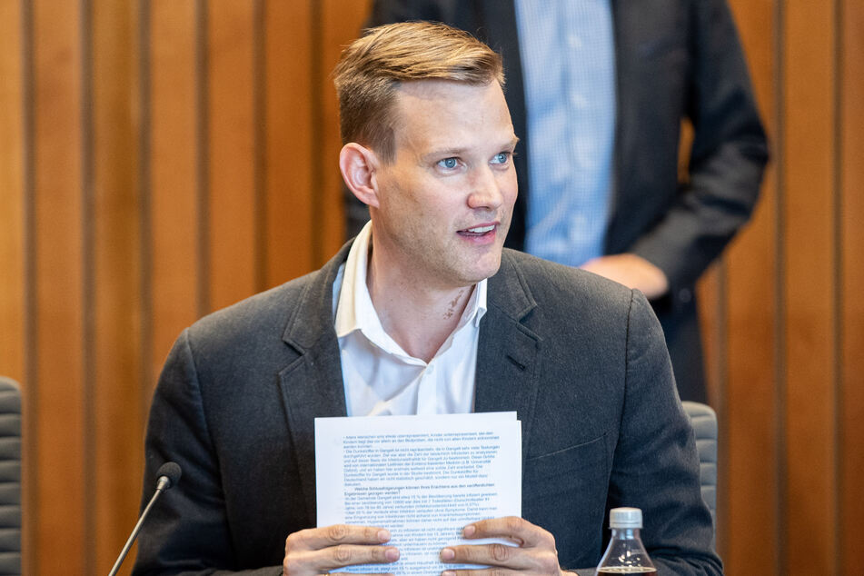 Hendrik Streeck (42) ist Professor an der Universität Bonn.