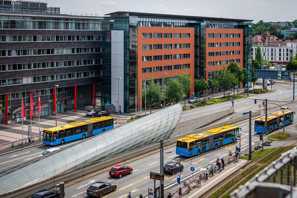 Der Moritzhof in der Bahnhofstraße war 1996 eines der ersten großen Bauprojekte der Innenstadt. 1998 zog die Stadtverwaltung ein.