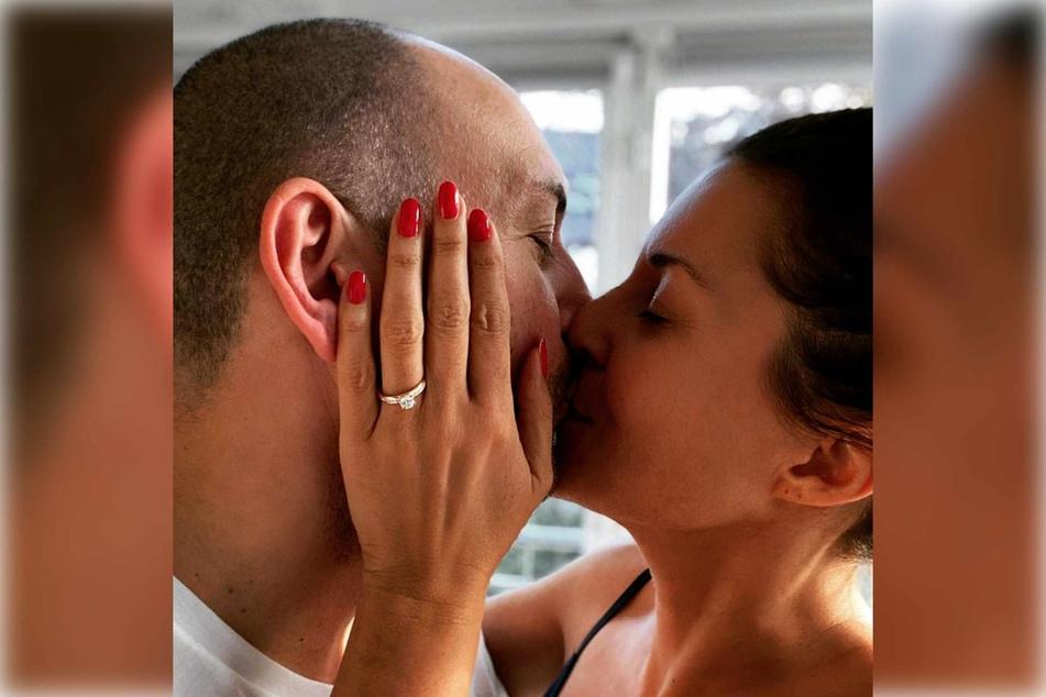 Im Dezember 2020 gab Vanessa Blumhagen die Verlobung mit ihrem Partner bekannt.