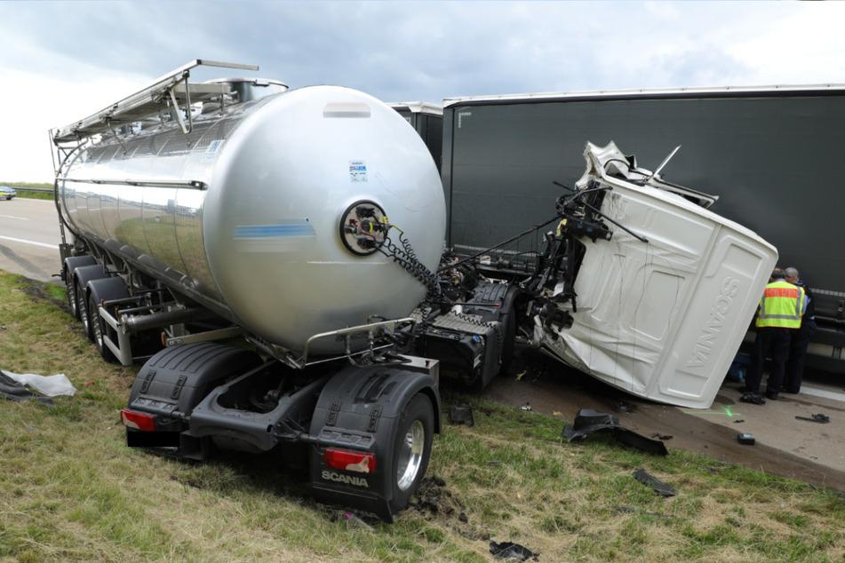 Möglicherweise hatte der Fahrer des Tanklastzuges das Stauende nicht rechtzeitig bemerkt.