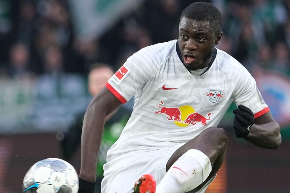Der Leipziger Verteidiger Upamecano (21) wird von mehreren Clubs aus ganz Europa gejagt.