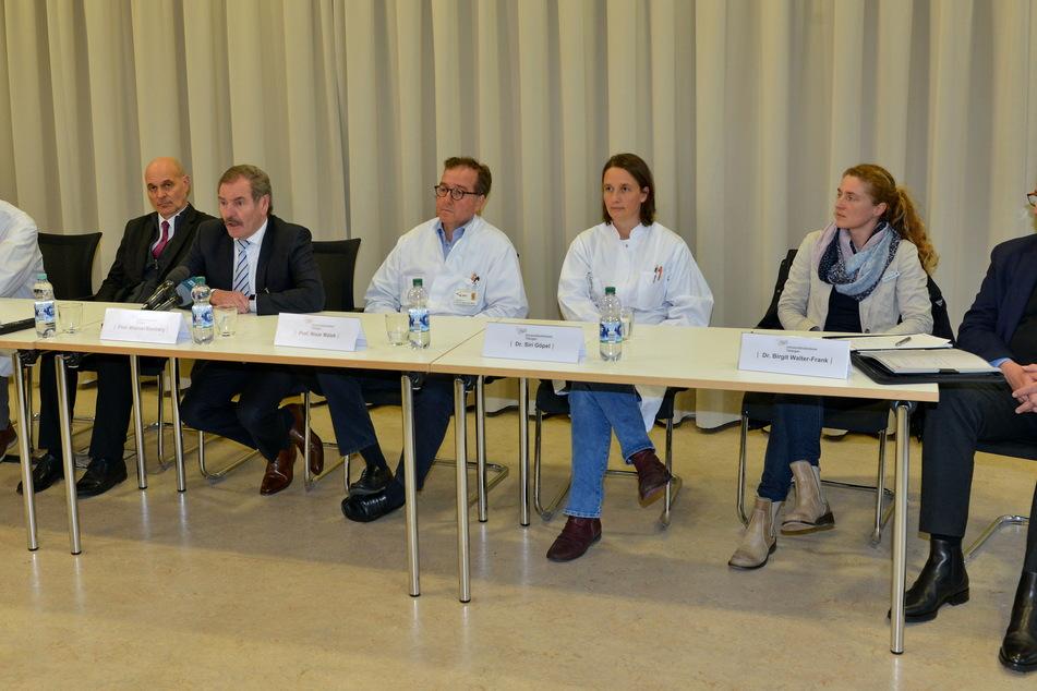 Mediziner der Uniklinik Tübingen: Hier wird die erste klinische Studie mit dem Corona-Impfstoffkandidaten der Firma CureVac begonnen.