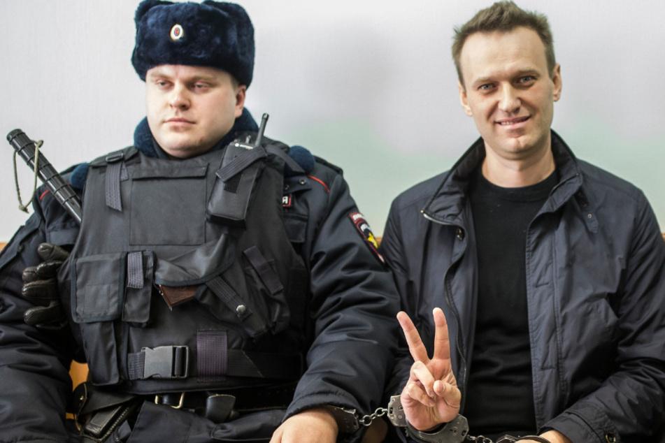 Putin-Kritiker Nawalny darf nun doch zur Behandlung nach Deutschland
