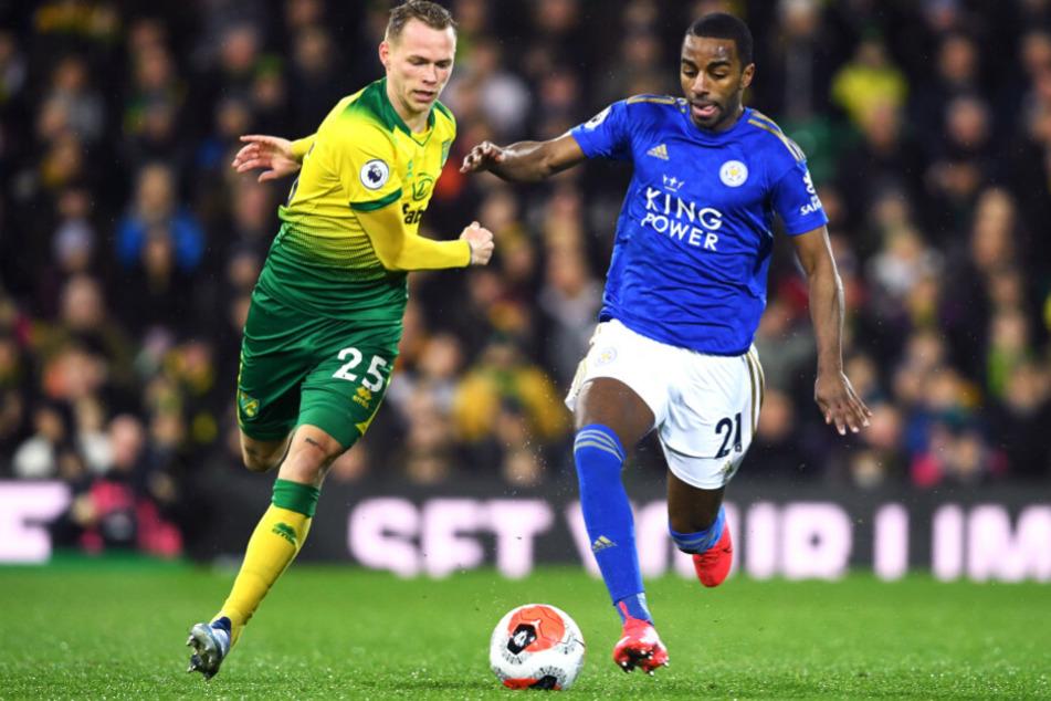 Hertha-Leihgabe Ondrej Duda im Zweikampf mit Ricardo Pereira (r) von Leicester City