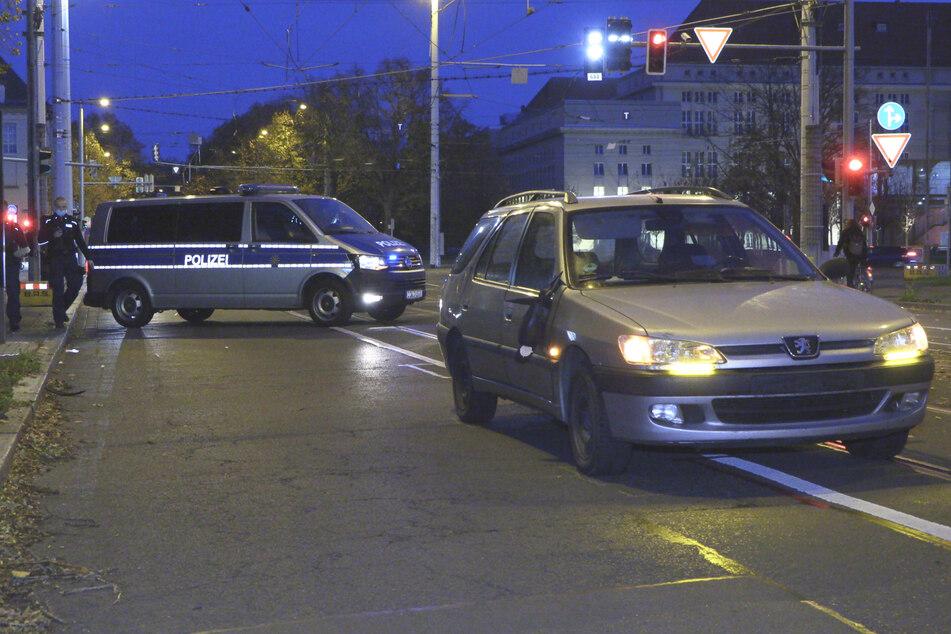 Radfahrer im Südosten von Leipzig von Auto erfasst und schwer verletzt