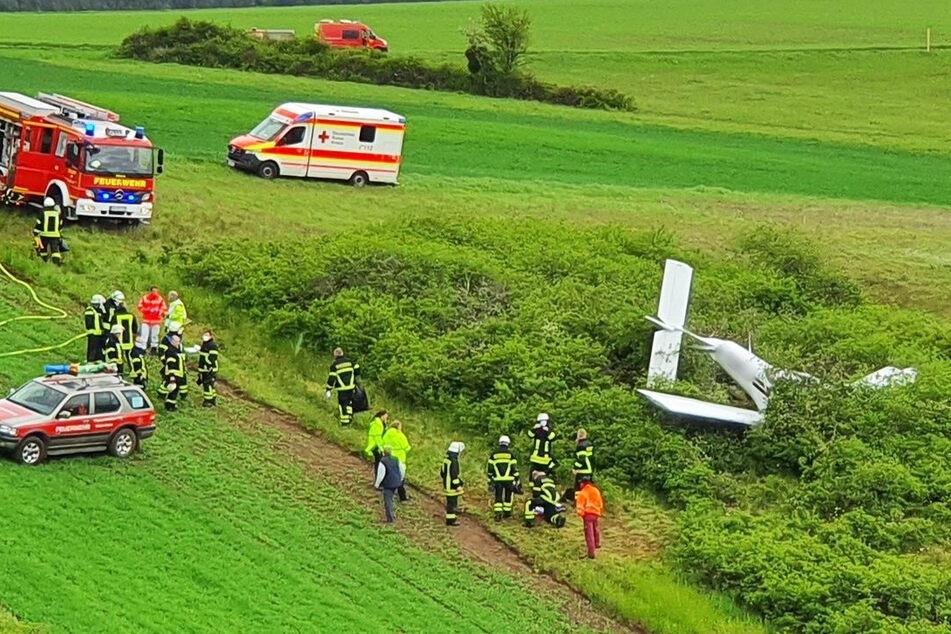 Flugzeug stürzt ab, zwei Schwerverletzte: Motorprobleme?
