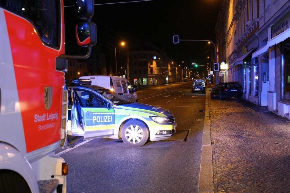 Polizei und Feuerwehr sicherten die Unfallstelle.