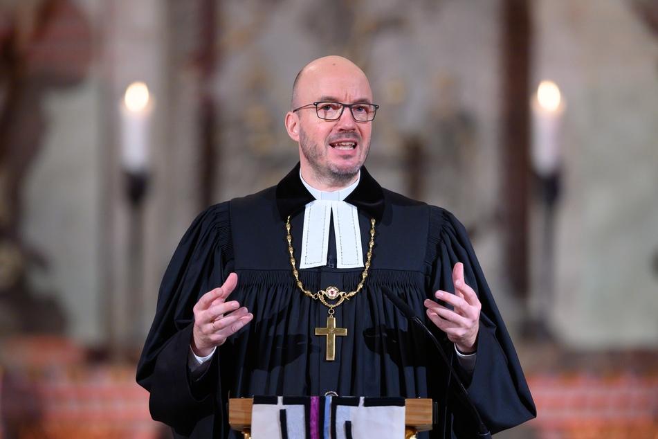 """""""Wir sehnen uns nach nichts so sehr, wie nach dem Ende der Corona-Pandemie"""", sagte Tobias Bilz (57), evangelischer Landesbischof."""