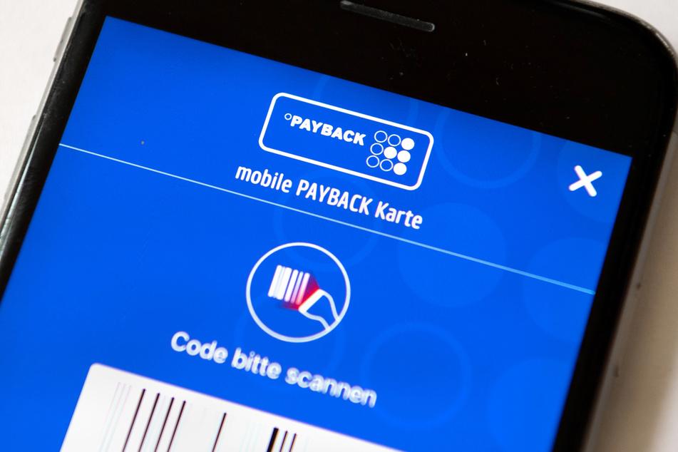 Die Payback-App ist auf einem Smartphone zu sehen.