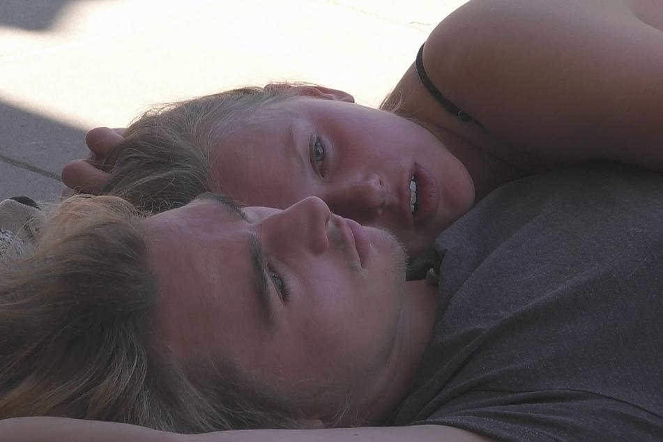 Ist es Liebe zwischen Rebecca und Tim (beide 21)?