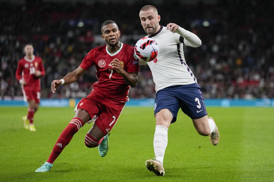 Nach den Ausschreitungen auf den Tribünen ging es auf dem Platz wieder ums Sportliche. Am Ende trennten sich England und Ungarn mit einem 1:1.