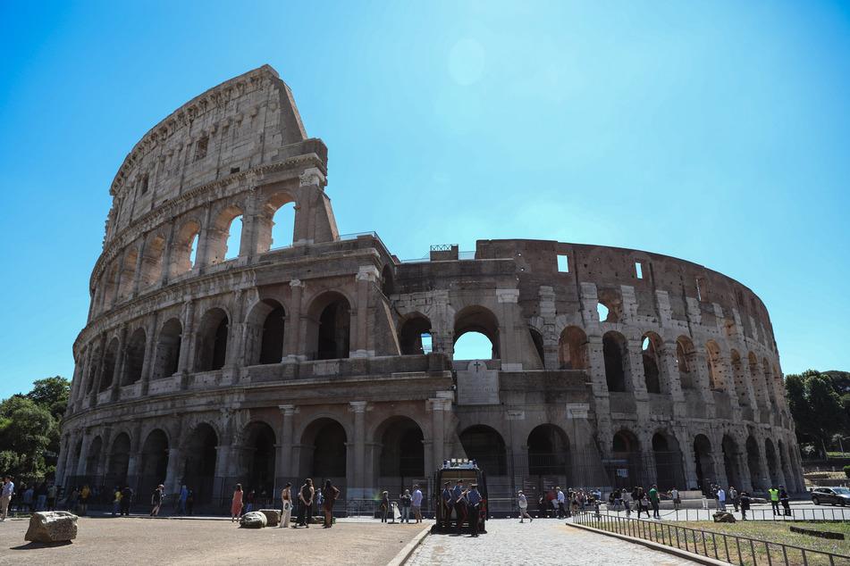 Kolosseum in Rom: Tourist ritzt Initialen in Weltwunder