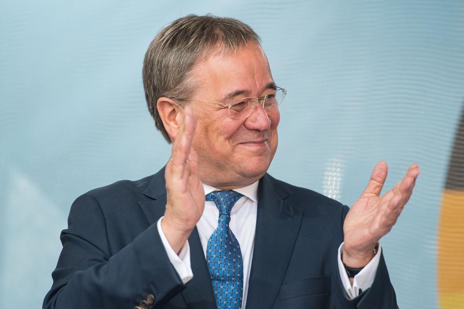 Armin Laschet (60, CDU) könnte sich viele Diskussionen mit den Vorsitzenden der FDP und der Grünen vorstellen. Ob es dazu auch in einer künftigen Bundesregierung kommt?