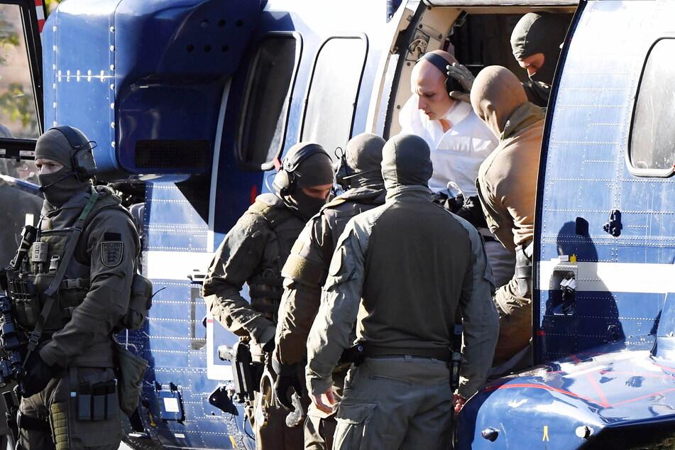 Der Rechtsextremist und Halle-Attentäter Stephan B. (28) war am Pfingstsamstag über einen 3,40 Meter hohen Gefängniszaun geklettert. (Archivbild)