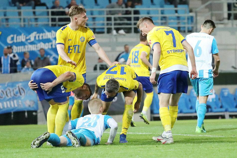 In der vergangenen Saison setzte sich der Chemnitzer FC im Halbfinale gegen Lok Leipzig mit 13:12 nach Elfmeterschießen durch, gewann auch das Finale gegen Zwickau (2:0).
