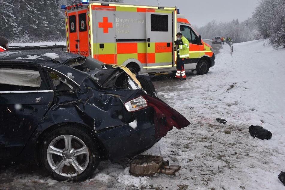Dichter Schneefall macht Straßen zur Falle: Zahlreiche Unfälle in Bayern