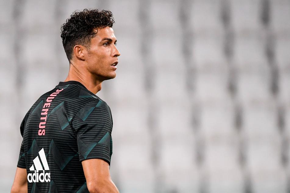 Cristiano Ronaldo (35) muss nach seinem positiven Corona-Test weiter in Quarantäne bleiben und verpasst damit auch die kommende Serie-A-Partie seines Clubs Juventus Turin.
