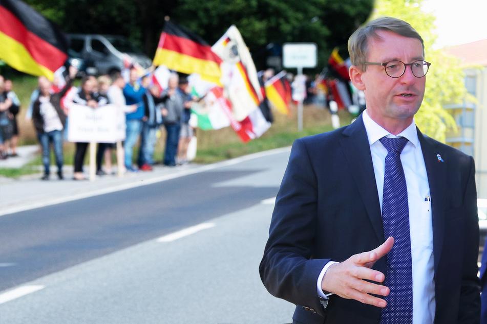 Rechte mischen in Corona-Protesten mit: Sachsen mobilisiert den Verfassungsschutz