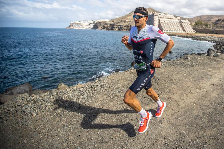 Triathlon-Superstar Jan Frodeno (39) beim Laufen.